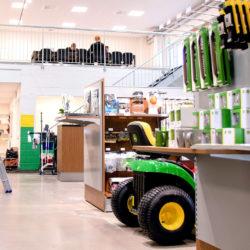 Inne på Gunnars maskiners kontor